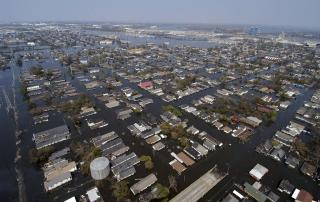 tipos de desastres naturales inundación